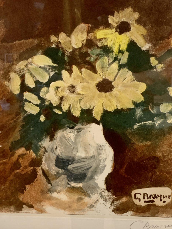 Vase mit gelben Blumen